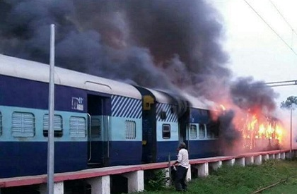 Teenaged boys had burnt Sushasan Express train compartment to take selfie with burning coach, caught