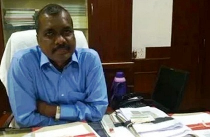 Chhattisgarh  Tribal  Scheduled Tribe  Chief Secretary  Bureaucracy  First Tribal CS  Raipur  Sunil Kumar Kujur  SRP Kalluri  IAS officer  IPS officer