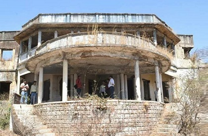 Bhoot Bungalow  Bhopal  Architecture  Haunted House  Ghost House  Supernatural  Haunted building  Maulana Azad