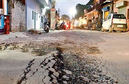 Real issues  Bad roads  Potholes  Deaths due to potholes  India  civic infrastructure  Supreme Court  Road accidents